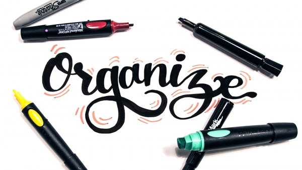 Organize your markers and tools for a cleaner end result when visual note-taking