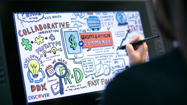 Why Your Webinar Needs a Visual Note-Taker